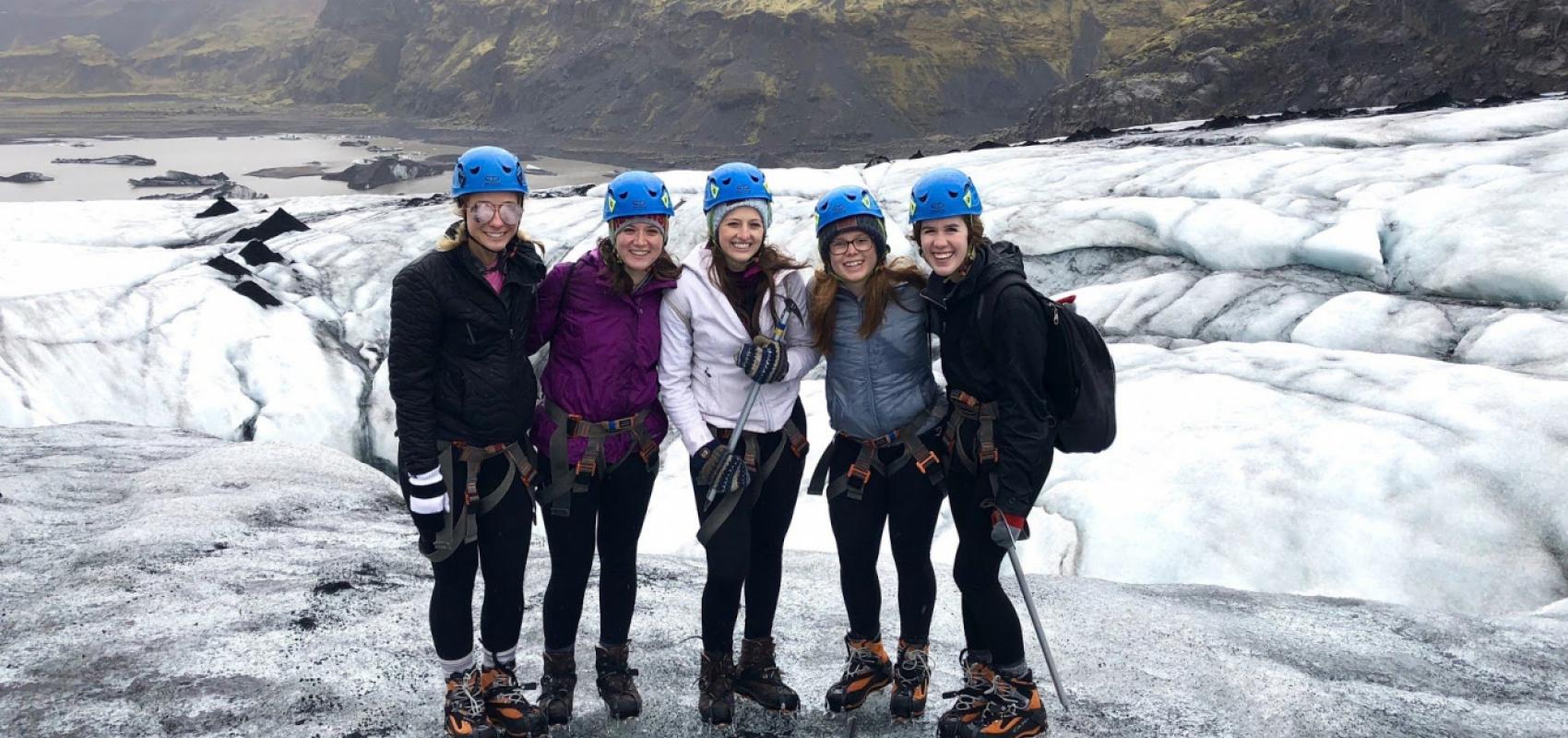 UNI students on top of Icelandic glacier